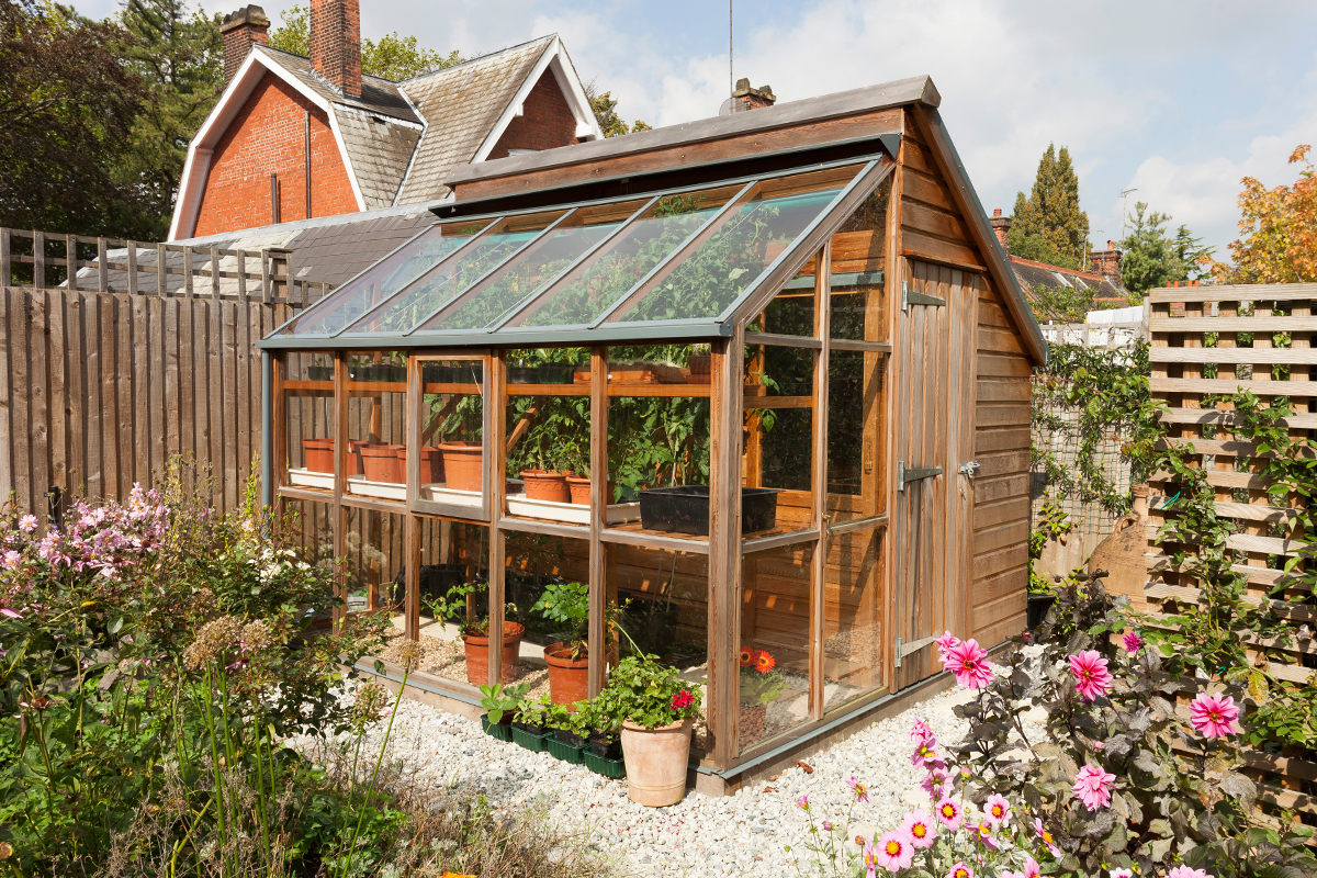 Beautiful maison de jardin greenhouse ideas amazing house design - Serre de jardin 12m2 ...