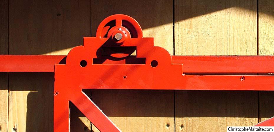 Les serres de jardin en fer de christophe maltaite for Porte coulissante en fer