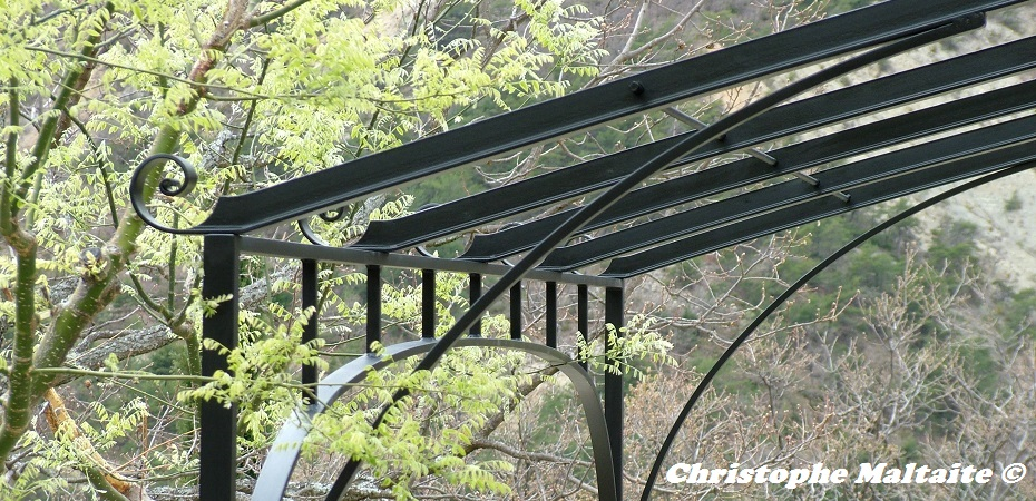pergolas christophe maltaite artisan ferronnier. Black Bedroom Furniture Sets. Home Design Ideas